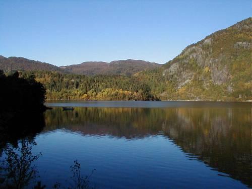 Im Herbst sind es auch schön zu angeln in Norwegen
